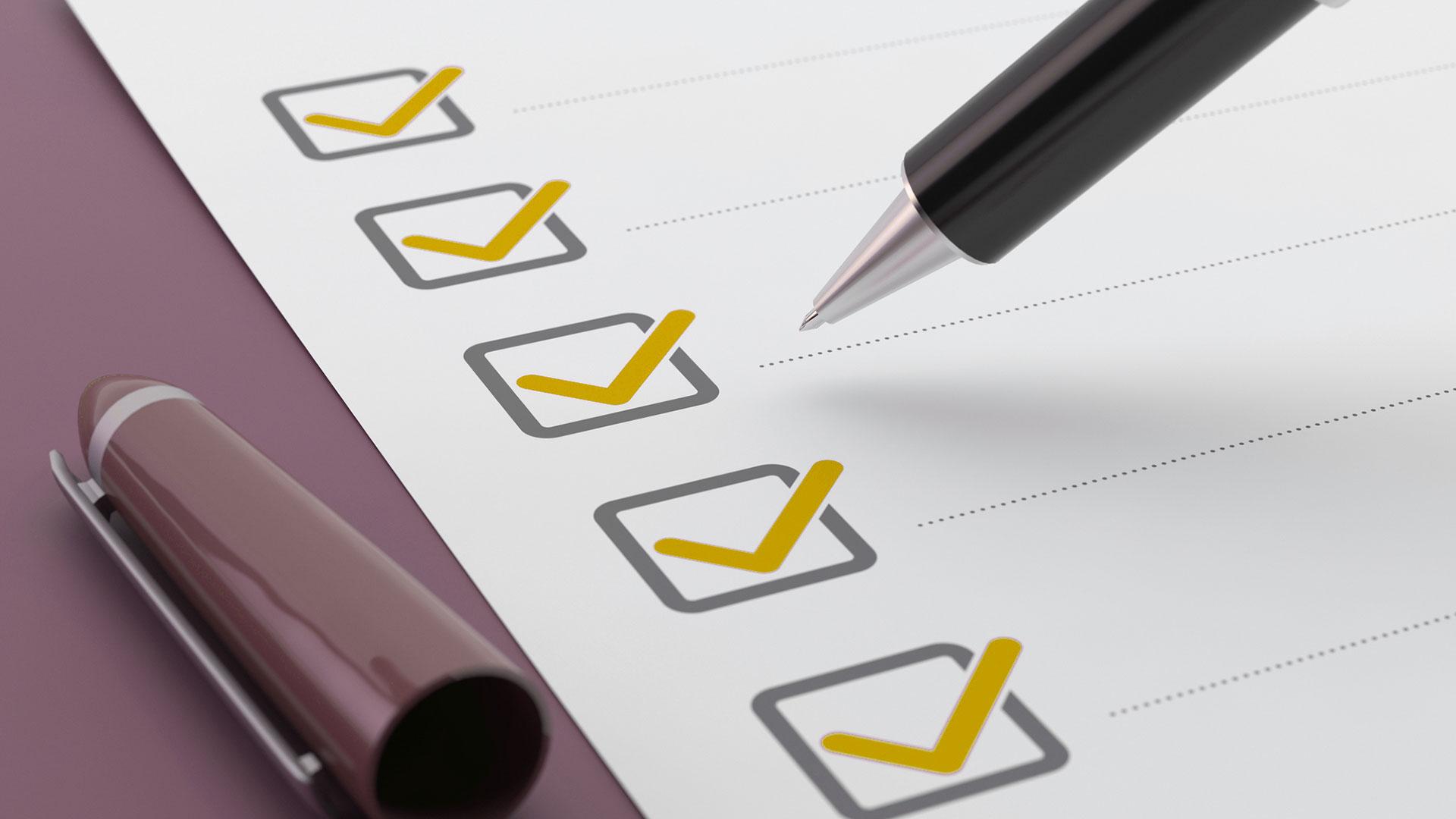 tax checklist pen hero